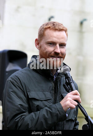 Manchester, UK.19th October, 2019.  Paul Embery who served in London Fire Brigade for over 20 years and served on the Executive Council of the Fire Brigades Union speaking at a Pro Brexit  rally in St Peters Square, Manchester, Lancashire, UK. Credit: Barbara Cook/Alamy Live News - Stock Photo