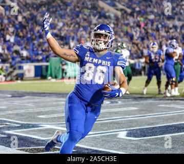Memphis, TN, USA. 19th Oct, 2019. Memphis' Joey Magnifico #86 celebrates after rushing for a touchdown during the NCAA football game between the Memphis Tigers and the Tulane Green Wave at Liberty Bowl Stadium in Memphis, TN. Kyle Okita/CSM/Alamy Live News - Stock Photo