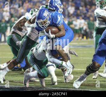 Memphis, TN, USA. 19th Oct, 2019. Memphis RB Kenneth Gainwell #19 scores one of his touchdowns during the NCAA football game between the Memphis Tigers and the Tulane Green Wave at Liberty Bowl Stadium in Memphis, TN. Kyle Okita/CSM/Alamy Live News - Stock Photo