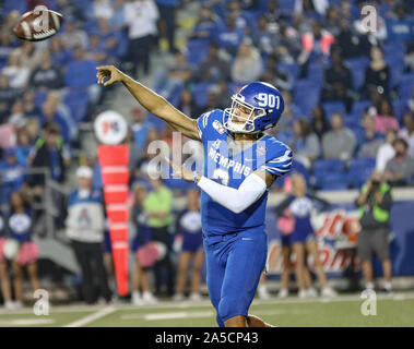 Memphis, TN, USA. 19th Oct, 2019. Memphis QB Brady White #3 throws the ball downfield during the NCAA football game between the Memphis Tigers and the Tulane Green Wave at Liberty Bowl Stadium in Memphis, TN. Kyle Okita/CSM/Alamy Live News - Stock Photo