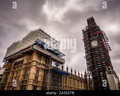 The Elizabeth Tower, known as Big Ben, almost entirely covered in scaffolding due to refurbishment work, Westminster, London, UK. - Stock Photo