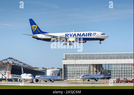 Munich, Germany - September 18. 2019 : Ryanair Boeing 737-800 with the aircraft registration EI-FZK  approaching to the southern runway 08R of the  Mu - Stock Photo