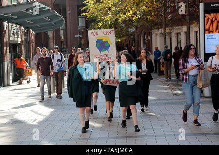 School children take to the streets of Belfast, Northern Ireland to protest during Global Strike Day. Thousands of people are protesting across the UK, with pupils leaving schools and workers downing tools as part of a global 'climate strike' day.  Featuring: Atmosphere, School Children Belfast Climate Protest Where: Belfast, Northern Ireland When: 20 Sep 2019 Credit: WENN.com - Stock Photo