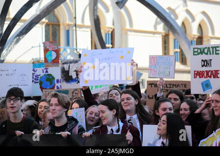 School children take to the streets of Belfast, Northern Ireland to protest during Global Strike Day. Thousands of people are protesting across the UK, with pupils leaving schools and workers downing tools as part of a global 'climate strike' day.  Featuring: School Children Belfast Climate Protest Where: Belfast, Northern Ireland When: 20 Sep 2019 Credit: WENN.com - Stock Photo