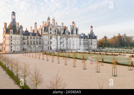 France, Loir et Cher, Loire Valley listed as World Heritage by UNESCO, Chambord, royal castle, the French gardens, sunrise, frosty morning // France,