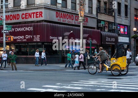 The Diamond Center, a large exchange on 47th Street in Manhattan in New York City in NYC Diamond District - Stock Photo