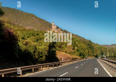 Sooneck Castle in the Rhine Valley, viewed from the road, on a sunny autumn day. - Stock Photo