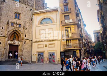 Santa Maria del Mar church, Montcada street, near Born. Ribera quarter. Barcelona, Catalonia, Spain. - Stock Photo