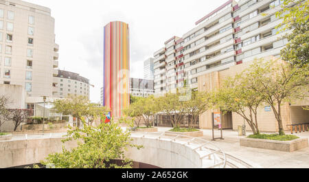 residential buildings and ventilation chimney le moretti by french artist raymond moretti, la defense - Stock Photo