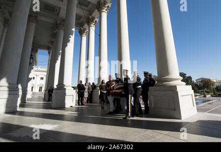 Washington, United States. 24th Oct, 2019. The casket of late Democratic Representative from Maryland Elijah Cummings is carried up the East Front steps by a US honor guard at the US Capitol in Washington, DC on Thursday, October 24, 2019. Pool Photo by Bill Clark/UPI Credit: UPI/Alamy Live News - Stock Photo