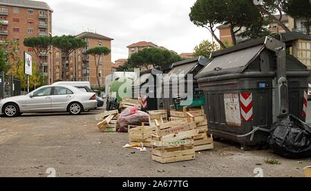The degredation situation in the district of Roma Torrespaccata (Photo by Claudio Sisto/Pacific Press) - Stock Photo