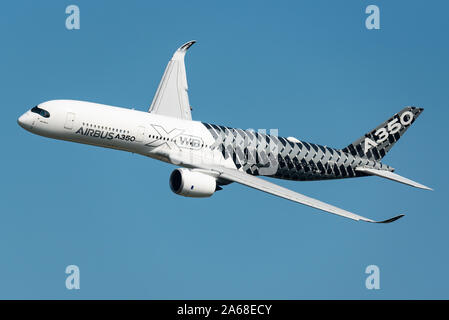 Demonstration flight of the Airbus A350 XWB long-range, twin-engine passenger airplane at the Maks 2019 airshow in Moscow. - Stock Photo