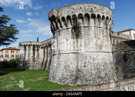 Ancient Firmafede medieval fortress in Sarzana, Italy. Rebuilt by Lorenzo il Magnifico in 1488 - Stock Photo