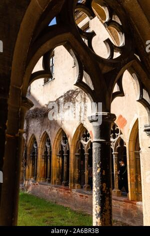 Colmar, France. 25th Oct, 2019. The cloister of the Museé Unterlinden, a former Dominican monastery. Among other things, it houses the Isenheim altar, which is currently undergoing extensive restoration. Credit: dpa picture alliance/Alamy Live News - Stock Photo