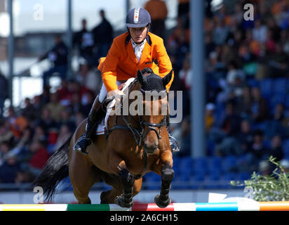 Aachen, Germany 26.8.2005,  World Equestrian Games, CHIO ;   Leon THIJSSEN / NED auf Naironbi - Stock Photo