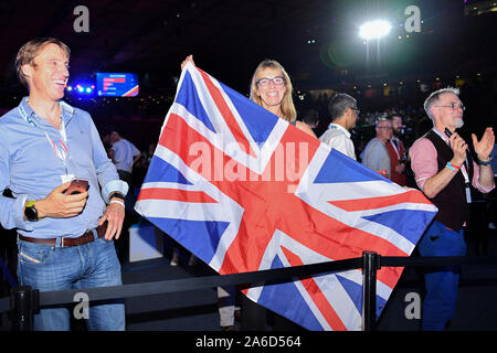 LONDON, UNITED KINGDOM. 25th Oct, 2019. A Mark CavendishÕs fan wave the flag  during Day 4 of Six Day London 2019 at Lee Valley VeloPark on Friday, October 25, 2019 in LONDON, UNITED KINGDOM. Credit: Taka G Wu/Alamy Live News - Stock Photo