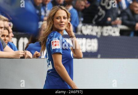 Gelsenkirchen, Deutschland. 26th Oct, 2019. firo: 26.10.2019, Football, Football: 1.Bundesliga, season 2019/2020, FC Schalke 04 - BVB Borussia Dortmund Vanessa Huppenkothen | usage worldwide Credit: dpa/Alamy Live News Stock Photo