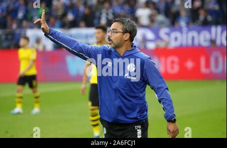 Gelsenkirchen, Deutschland. 26th Oct, 2019. firo: 26.10.2019, football, football: 1.Bundesliga, season 2019/2020, FC Schalke 04 - BVB Borussia Dortmund gesture, David Wagner | usage worldwide Credit: dpa/Alamy Live News Stock Photo