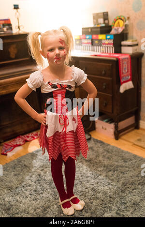 A little girl dressed up in a halloween costume for a halloween party in Stoke on Trent, Staffordshire - Stock Photo