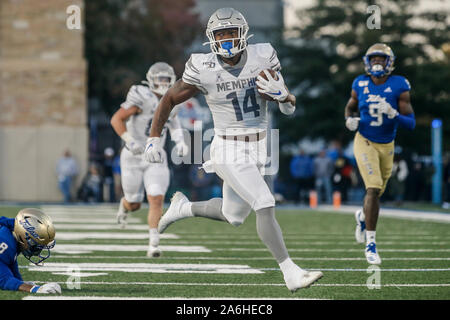 Tulsa, OK, USA. 26th Oct, 2019. Memphis Wide Receiver ANTONIO GIBSON (14) runs in for a Memphis Touchdown during the Tulsa vs Memphis game on Oct 26th, 2019 at H.A Chapman Stadium in Tulsa, OK. Credit: Shane Cossey/ZUMA Wire/Alamy Live News - Stock Photo