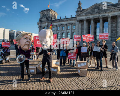 Demonstration to stop climate change in front of the Berliner Reichstag, Berlin, Germany - Stock Photo
