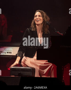 San Francisco, USA. 27th Oct, 2019. Sara Bareilles performs during her 'Amidst the Chaos' Tour at Chase Center on October 26, 2019 in San Francisco, California. Credit: MediaPunch Inc/Alamy Live News - Stock Photo