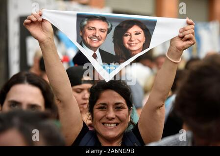 Buenos Aires, Argentina. 28th Oct, 2019. Supporters of the Fernandez' Frente de Todos coalition celebrate the results of the elections in Buenos Aires, Argentina, 27 October 2019. The Peronist candidate for the Presidency of Argentina Alberto Fernandez won 47.42% of the votes in the general elections this Sunday, with 77.75% of the tables counted, which would mean a victory in the first round, according to data from the provisional scrutiny. Credit: Fabian Mattiazzi/EFE/Alamy Live News - Stock Photo