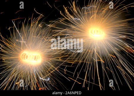 Kolkata, India. 26th Oct, 2019. A Fire cracker called common Wheel seen during the Diwali Festival.Deepavali or Dipavali is a four-five day-long festival of lights, which is celebrated by Hindus in every autumn all over the world. Credit: SOPA Images Limited/Alamy Live News - Stock Photo