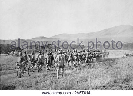 WW1 Indian Troops on the march in British East Africa, vintage photograph from 1914 - Stock Photo