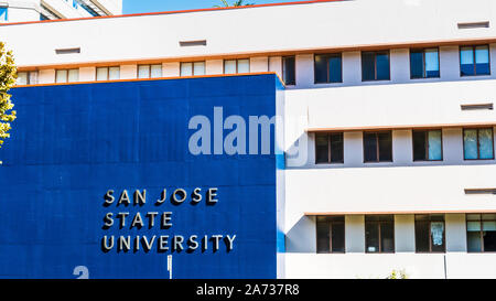 Oct 20, 2019 San Jose / CA / USA - San Jose State University (SJSU) building, home of the Department of Physics & Astronomy, in the campus located in - Stock Photo