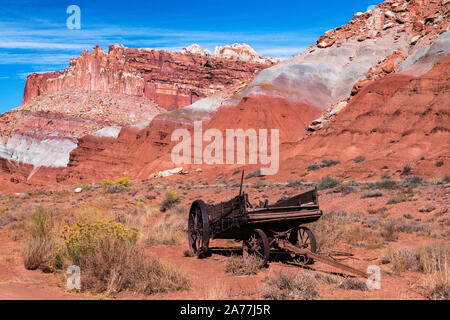 A rustic wagon in Capitol Reef National Park - Stock Photo