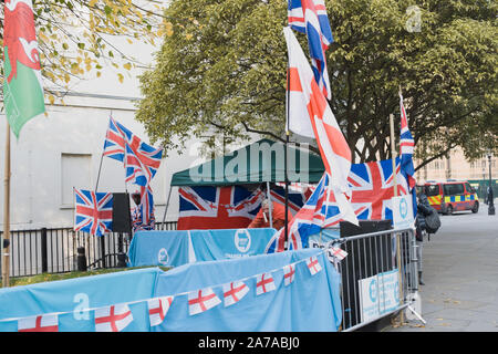 London,UK 31 October 2019. Pro Brexit protesters opposite Parliament. - Stock Photo