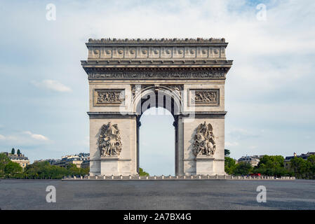 An emblematic monument of Paris, the Arch of Triumph, built between 1806 and 1836 by order of Napoleon Bonaparte to commemorate the victory at the Bat
