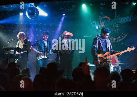 Alternative rock band Warmduscher in concert at Brudenell Social Club, Leeds, UK, 31st October 2019. The band are in Halloween make-up. Quinn Whalley (synth), Adam Harmer (guitar), Clams Baker (singer),  Ben Romans-Hopcraft (bass), Jack Everett (drums). - Stock Photo