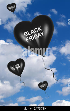 Luftballon, Herzluftballon, Schwarze Herzluftballons, Black Friday, Explosive Preise, Symbolbilder, Rabatte, Sonderverkauf, Wolkenhimmel, - Stock Photo