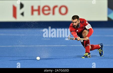 Stratford. United Kingdom. 02 November 2019. Adam Dixon (Great Britain, captain). Great Britain v Malaysia. FIH Mens Olympic hockey qualifier. Lee Valley hockey and tennis centre. Stratford. London. United Kingdom. Credit Garry Bowden/Sport in Pictures/Alamy Live News. - Stock Photo