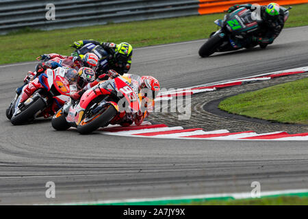 Sepang Circuit, Sepang, Malaysia. 3rd Nov, 2019. MotoGP Malaysia, Race Day; Marc Marquez, Jack Miller, Andrea Dovizioso, Valentino Rossi and Franco Morbidelli during the race - Editorial Use Credit: Action Plus Sports/Alamy Live News - Stock Photo