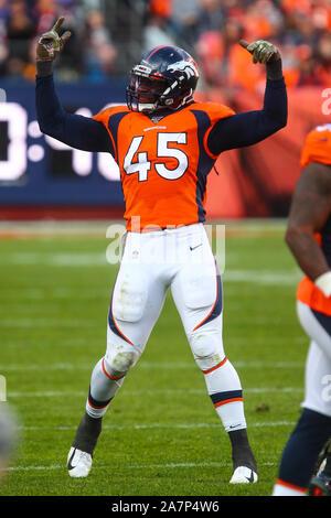 November 03, 2019: Denver Broncos linebacker A.J. Johnson (45) fires up the crowd in the first half of the game between Denver and Cleveland at Empower Field in Denver, CO. Derek Regensburger/CSM. - Stock Photo