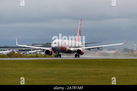 Jet 2 Airlines Boeing 737 departing Manchester Airport - Stock Photo