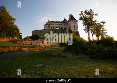 Château de Biron, medieval castle, towards the southern border of the Dordogne region with Lot-et-Garonne and the medieval town of Monpazier, France. - Stock Photo