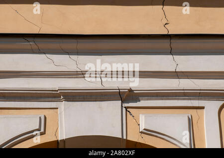 A large crack in a wall Photographed at Sankt Urlichs church, Vienna - Stock Photo