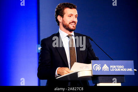Oviedo, Spain. 5th November, 2019. Pablo Casado, Spanish political and leader of conservative political party 'People's Party' (PP), talks during a speech of the political party during the electoral campaign of November 2019 Spanish general election, at Prince Felipe Auditorium on November 5, 2019 in Oviedo, Spain. ©David Gato/Alamy Live News - Stock Photo