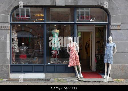 Damenmodeladen ONE OFF by Maabo in Kopenhagen im Stadtviertel Nørrebro |  Women's faishon store ONE OFF by Maabo in Copenhagen in the district Nørrebr - Stock Photo