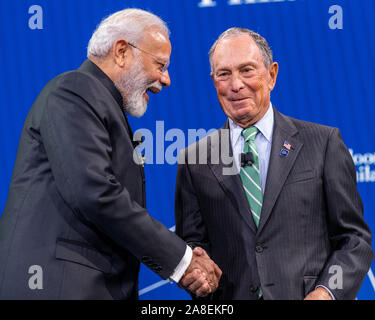 New York, USA. 25th Sep, 2019. Indian Prime Minister Narendra Modi (L) congratulates Michael Bloomberg after addressing the Bloomberg Global Business - Stock Photo