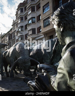 EL ENCIERRO SCULPTURE - BULLS RUNNING STATUE IN PAMPLONA - BULLS RUN - SPANISH FOLKLORE - PAMPLONA SPAIN © Frédéric BEAUMONT - Stock Photo