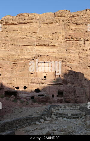 Tomb of Uneishu (Madfan Nishu), Petra, Wadi Musa, Ma'an Governorate, Jordan, Middle East - Stock Photo