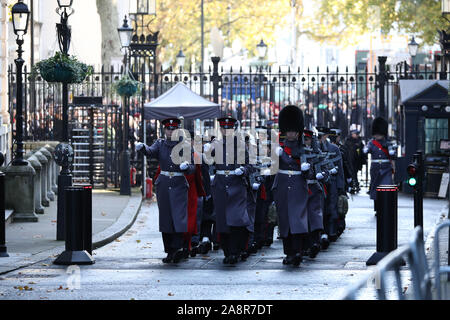 London, UK. 10th Nov, 2019. Members of the Armed Forces make their way up Downing Street on Remembrance Sunday, London, on November 10, 2019. Credit: Paul Marriott/Alamy Live News - Stock Photo