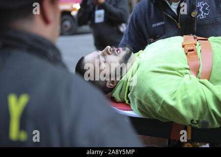 New York, New Yotk, USA. 1st Jan, 2000. A construction worker is shown on stretcher after being rescued from a scaffolding collapse from a Hudson Yards building project in New York. Three other construction workers, who suffered minor injuries, were taken to NYC Health   Hospitals/Bellevue and St. Luke's-Roosevelt Hospital Center, officials said. Credit: Brian Branch Price/ZUMA Wire/Alamy Live News - Stock Photo