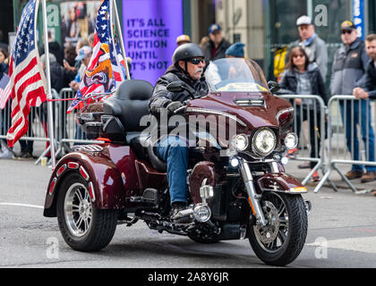 New York, USA,   11 November 2019.  Veterans Day Parade in New York City.  Credit: Enrique Shore/Alamy Live News - Stock Photo