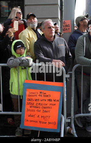 November 11, 2019, New York, New York, USA: President Donald Trump speaks at the 100th Annual Veteran's Day Parade in N.Y.C. after his speech there was a moment of .silence and then veterans marched up 5th Ave. (Credit Image: © Bruce Cotler/Globe Photos via ZUMA Wire) - Stock Photo